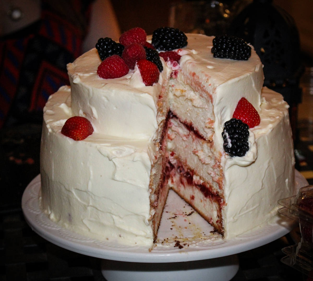Cake With Whipped Cream Frosting Nutrition : Quarter-Century Celebration // Angel-Food Layer Cake with ...
