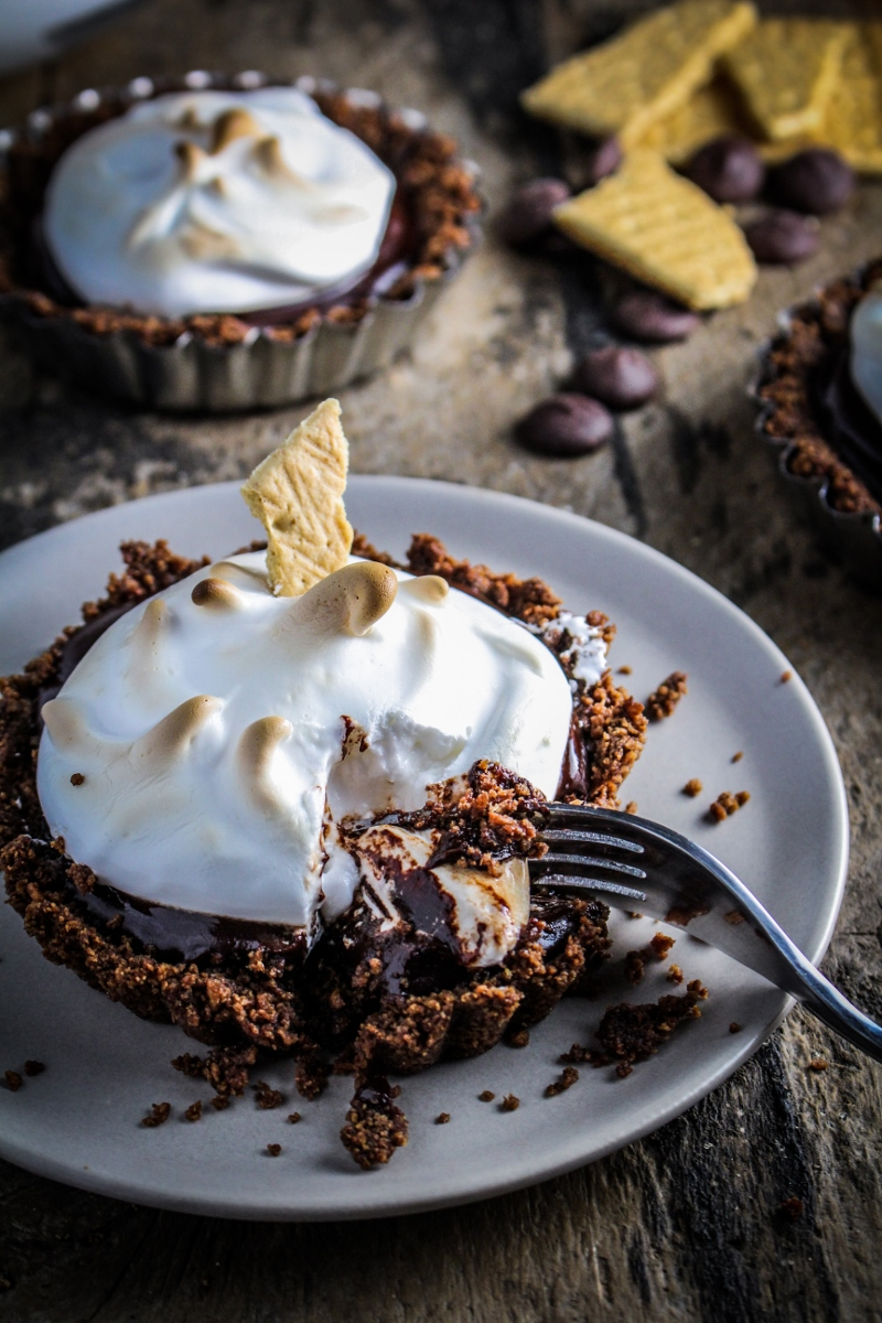 S'Mores Tartlet {Katie at the Kitchen Door}