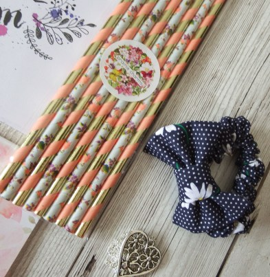 Prairie Charms Prairie Pizzazz Spring Blooms Edition Leilani Blossom & Butterfly Fancy Paper Straws