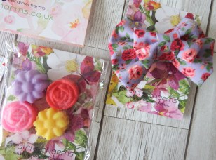 Prairie Charms Prairie Pizzazz Spring Blooms Edition Rosy Posey Hair Bow and Lavender Flower Power Chill Out Scented Wax Melts
