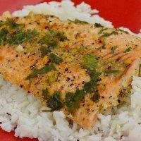 Skillet Cilantro Lemon-Pepper Salmon