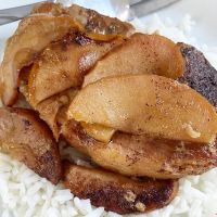 Crock Pot Apple and Brown Sugar Pork Chops
