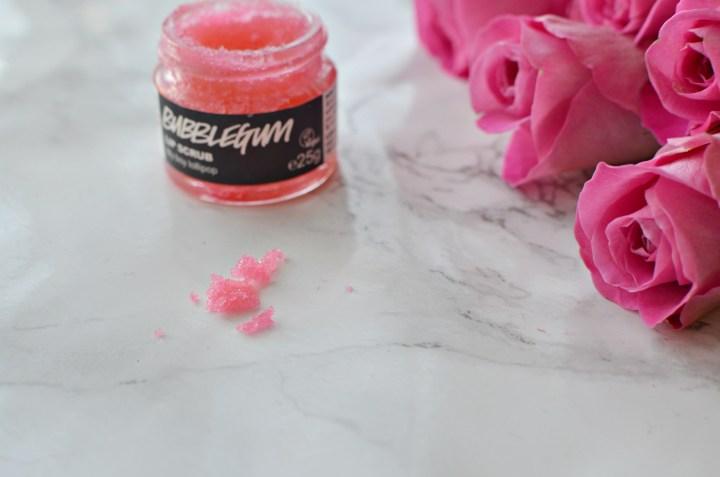lush-bubblegum-lip-scrub-3