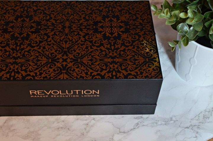 Makeup Revolution 12 Days of Christmas Storage Chest