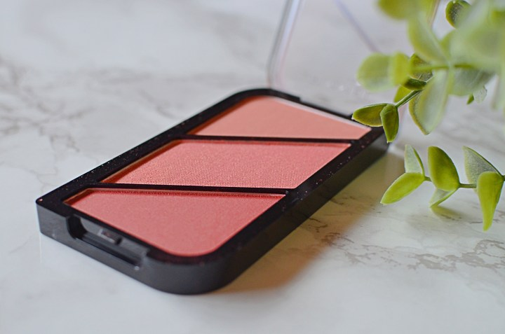 Rimmel Kate Sculpting Palette in Not So Shy Review