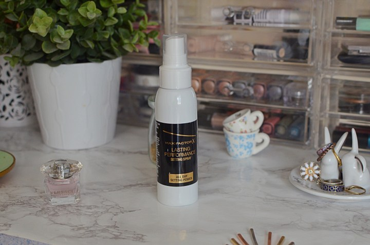 Max Factor Setting Spray Review