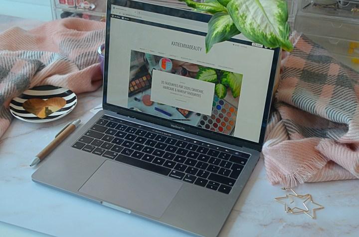 5 Bloggers I'm Loving Right Now Pt 3