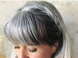 image woman gray roots blonde long hair