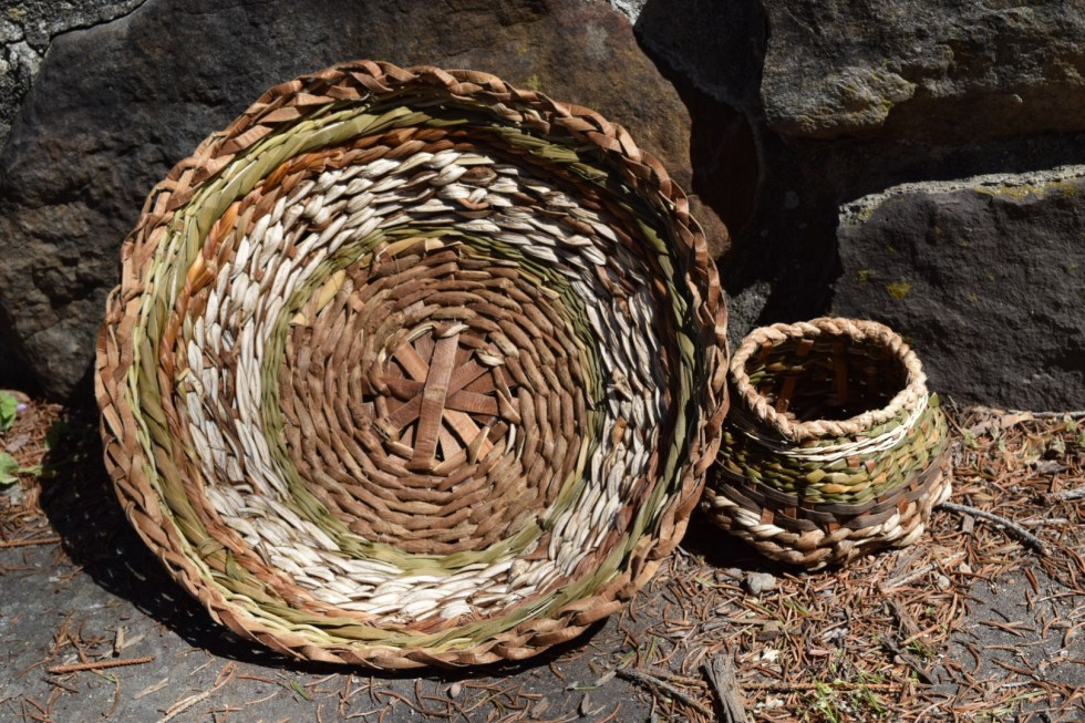 An Open Tray With A Braided Rim