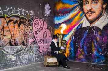 london busker graffiti shakespeare