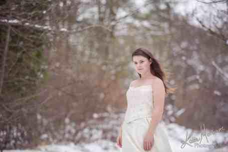 Snow wedding dress daughter mother dress