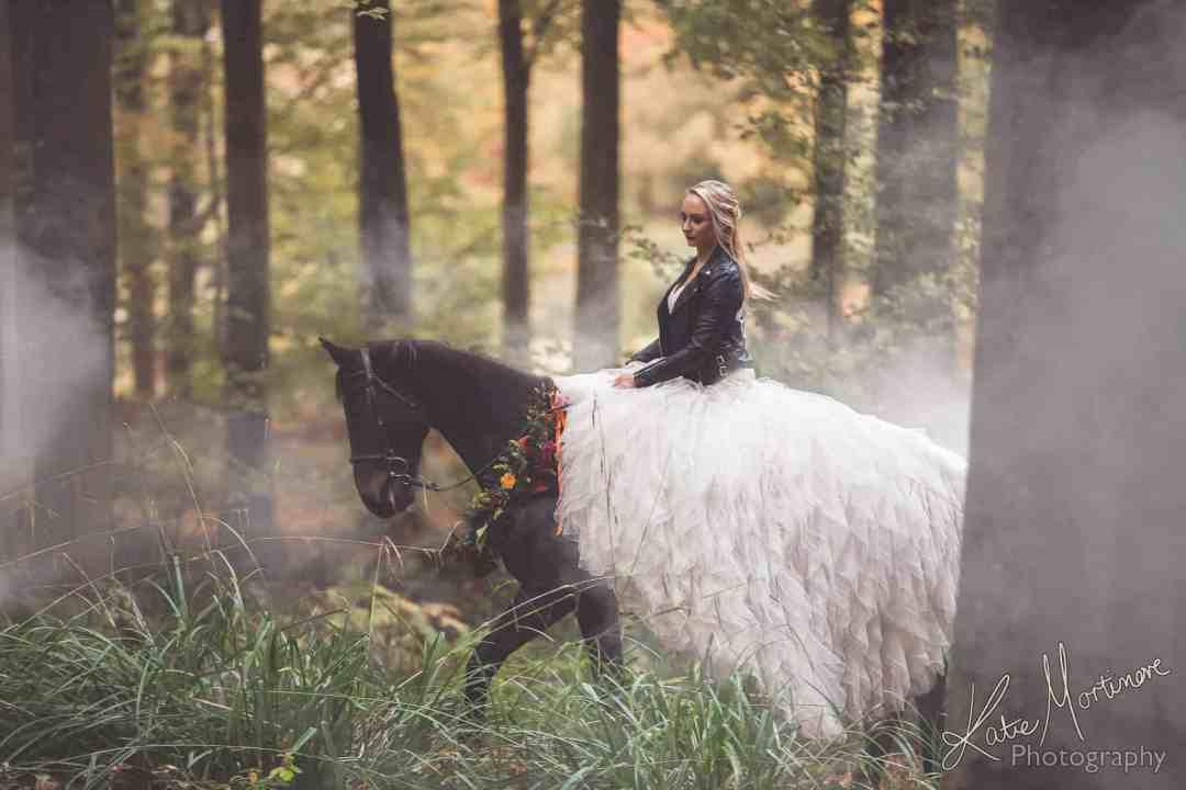 ride Horse wedding day dress cherish