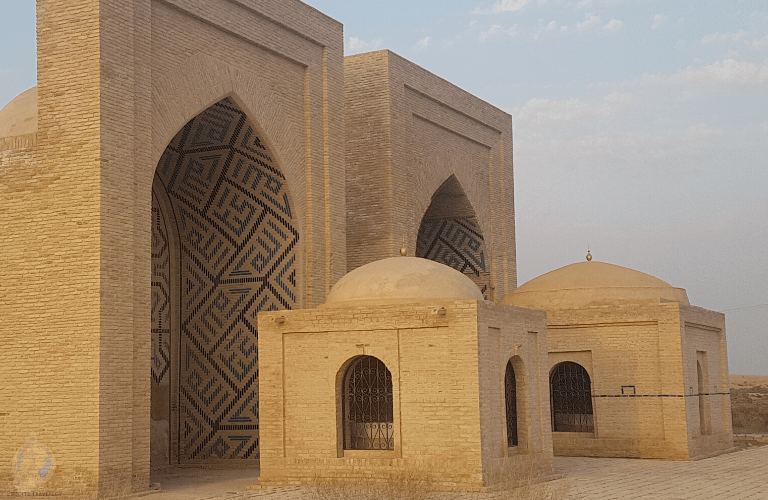 Ashkab Complex, consisting of 2 mausoleums and the iwan framing them
