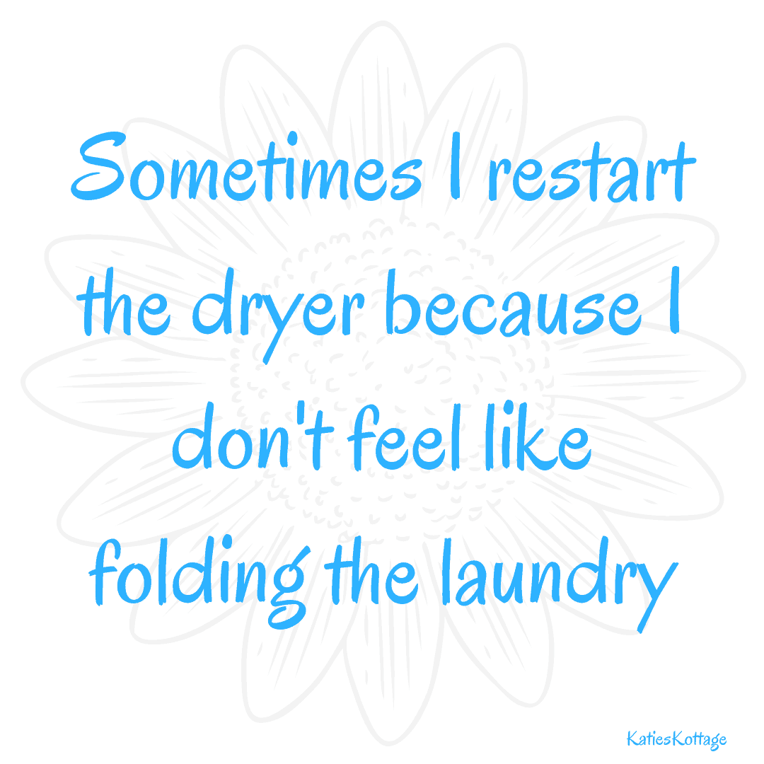 21 laundry hacks to make laundry easier. Funny laundry quote. #cleaninghacks #cleaning #cleanngtips #laundryhacks #laundrytips #quotes