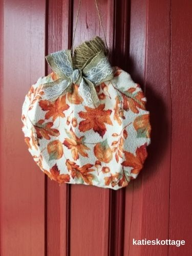 diy pumpkin door hanger