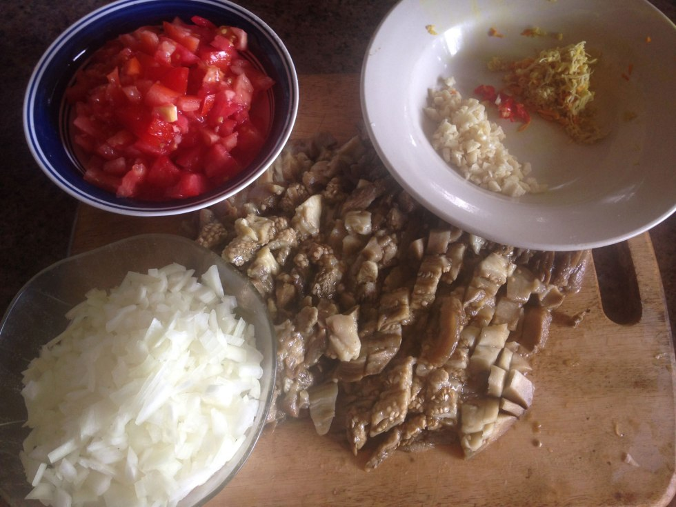 ingredients for baingan bharta