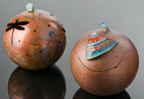 Dargonfly potpourri and decorated pot