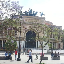 Das Teatro Politeama