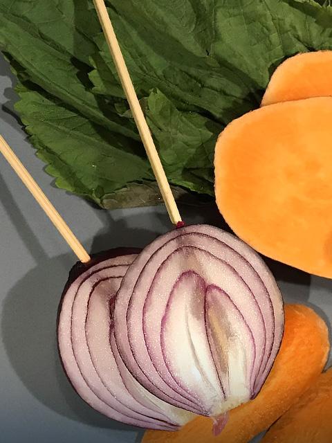 Das vorbereitete Gemüse vor dem Frittieren.