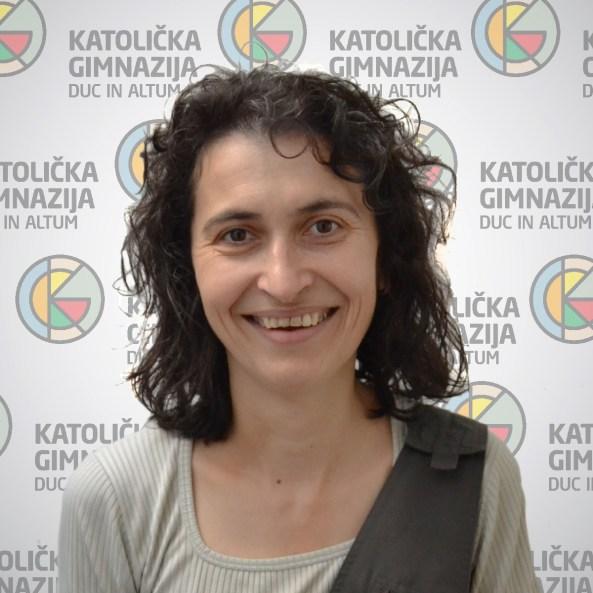 Katarina Soldo Obućinadiplomirani inženjer matematike i profesor matematike i informatike