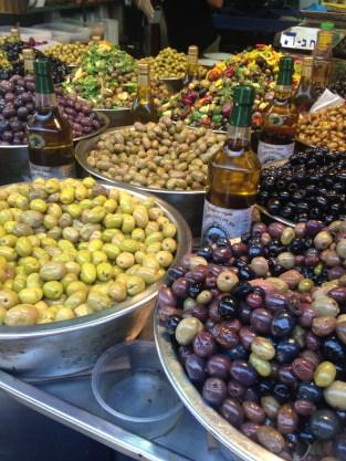 Die Märkte in Jerusalem quellen über vor fantastischem Essen