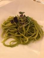 Spaghetti mit wunderbarem Kräuterpesto