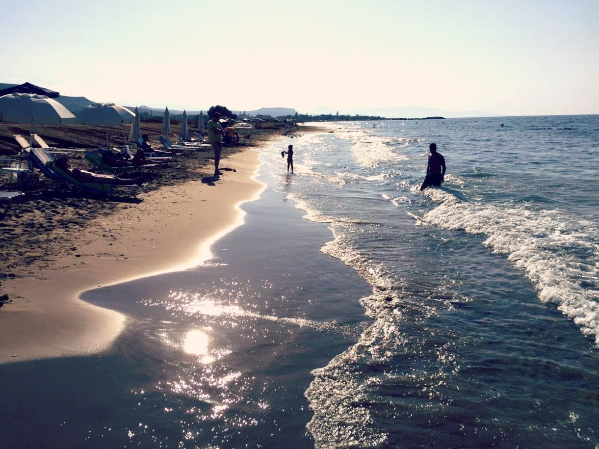 Für Badeliebhaber bietet Kreta traumhafte Strände zum Sonne, Spazieren und Baden. @katrin-lars.net
