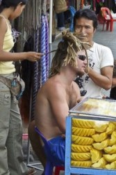 Islands Backpackers Dreadlocks