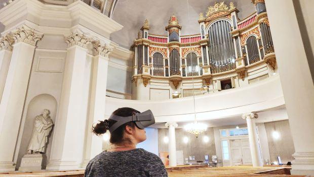 Uskonto digitaalisessa maailmassa