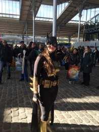 comic-con-paris-2016-photos-batgirl