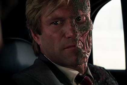 Batman contre Double Face Review My Geek Actu The Dark Knight
