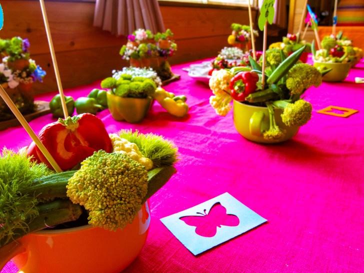 植物と野菜のコラボ!とってもカラフル。