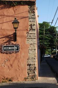 Una Via, Santo Domingo.