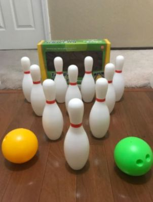 Portable Home And Outdoor Bowling Game Set photo review