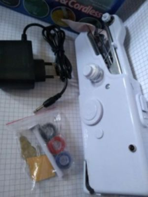 Handheld Sewing Machine Cordless Portable Electric Stitching Device photo review