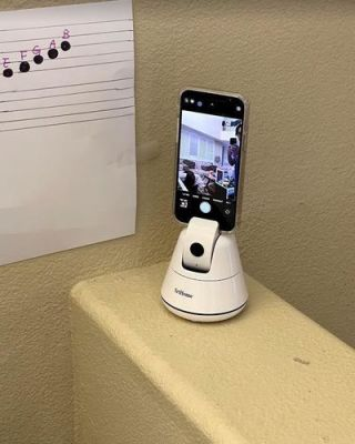 Selfie Auto Tracking Phone Mount photo review