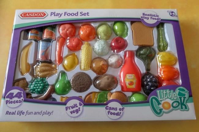 Casdon Little Helpers Play Food Set