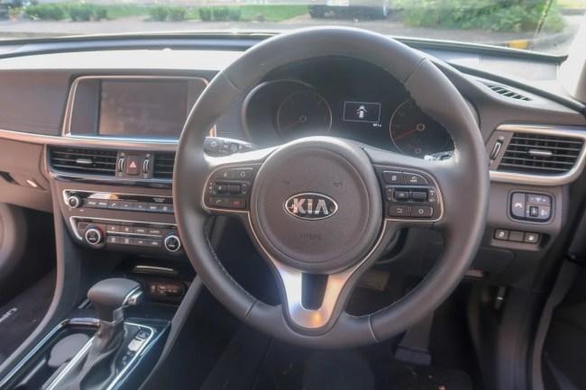 Kia Optima Sportswagon - Steering column