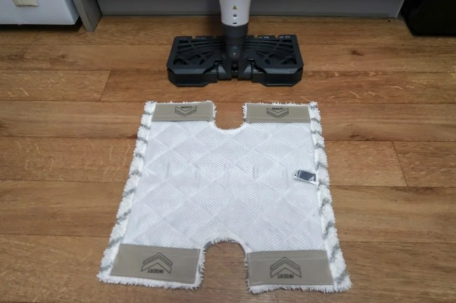 Floor cleaning pad for the Shark Steam Mop S6001UK