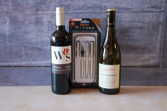 Father's Day Gift Guide 2019 - Wine and Helix Oxford Writing Set