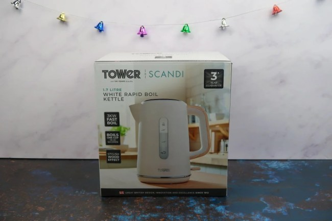 New home Christmas Gift Guide for 2019 - Tower Kettle