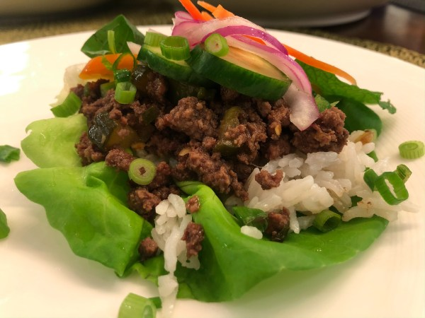 Single Garlic Beef Lettuce Wrap Assembled
