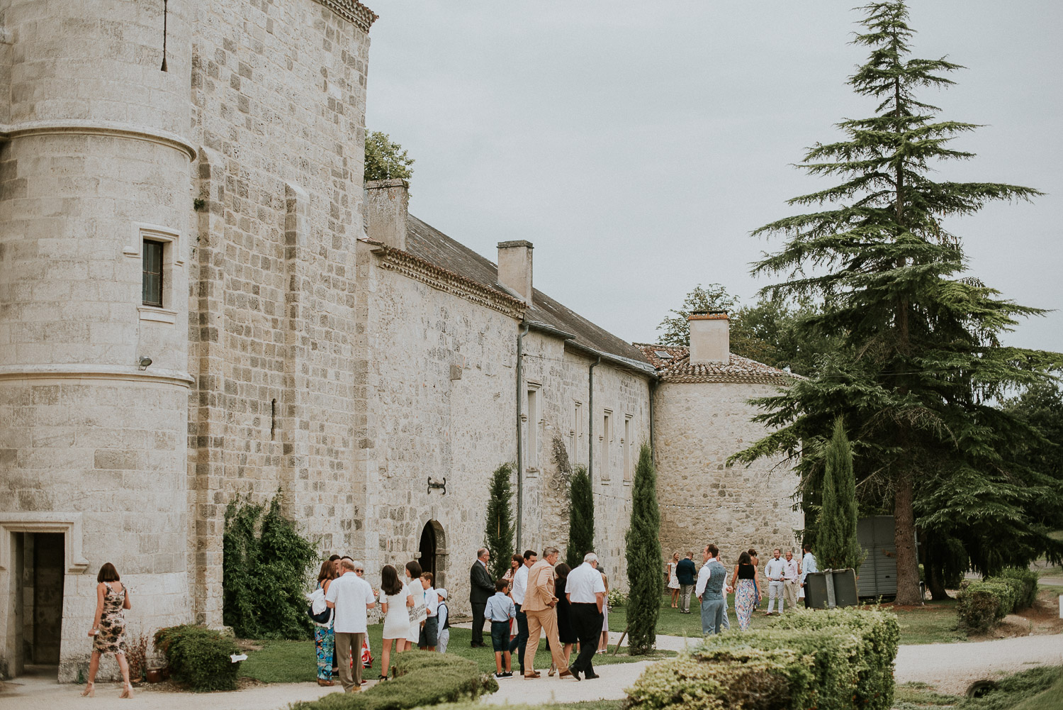 chateau_de_lisse_gascony_south_west_france_wedding_katy_webb_photography_UK32
