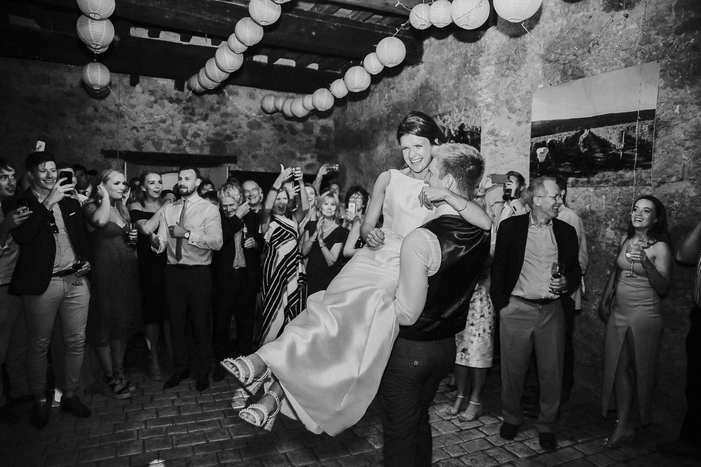 chateau_de_lisse_gers_gascony_south_west_france_family_wedding_katy_webb_photography_UK104