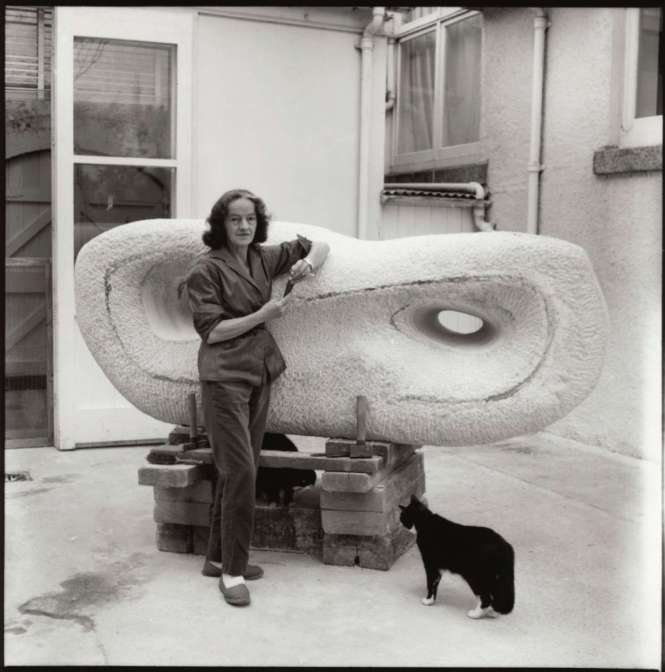 National Portrait Gallery - Pets in Portraits - NPG x31619 - Barbara Hepworth with her cat Nicholas by Ida Kar 1961 -Copyright National Portrait Gallery London