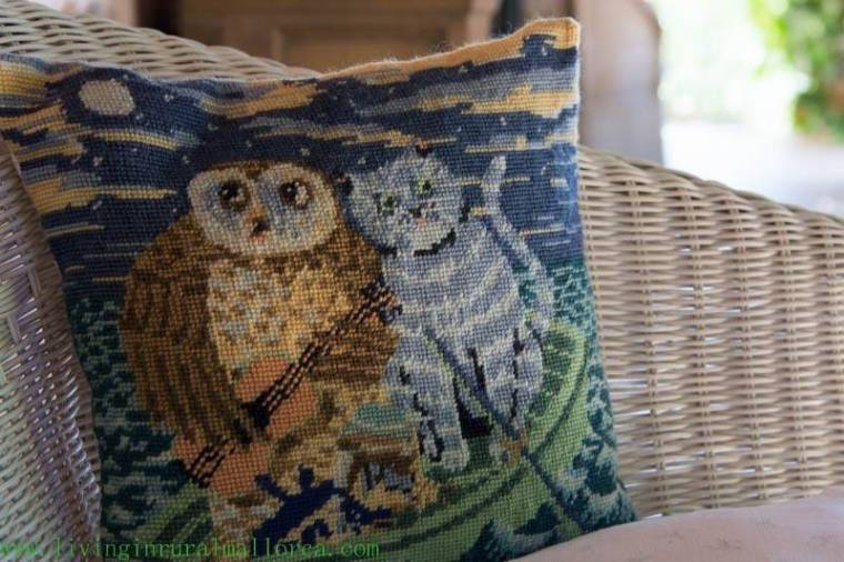 Even a cushion featured a cat