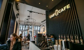 """Gedimino gatvėje atidaryta """"Caif Cafe"""""""