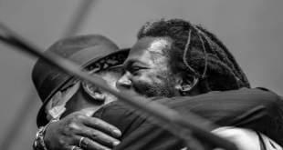 Baba Sissoko ir Mighty Mo Rodgers