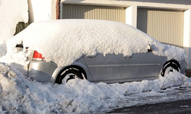 automobilis-ziema
