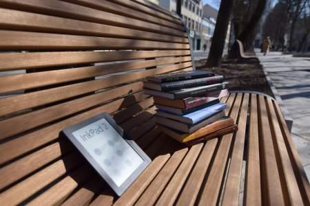 Naujovė Kauno miesto bibliotekoje – į namus pradedamos skolinti elektroninės skaityklės